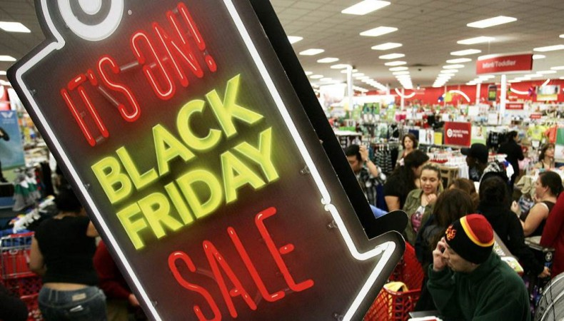 #BlackFriday: Creating a Buzzworthy Social Media Campaign Using Social Listening