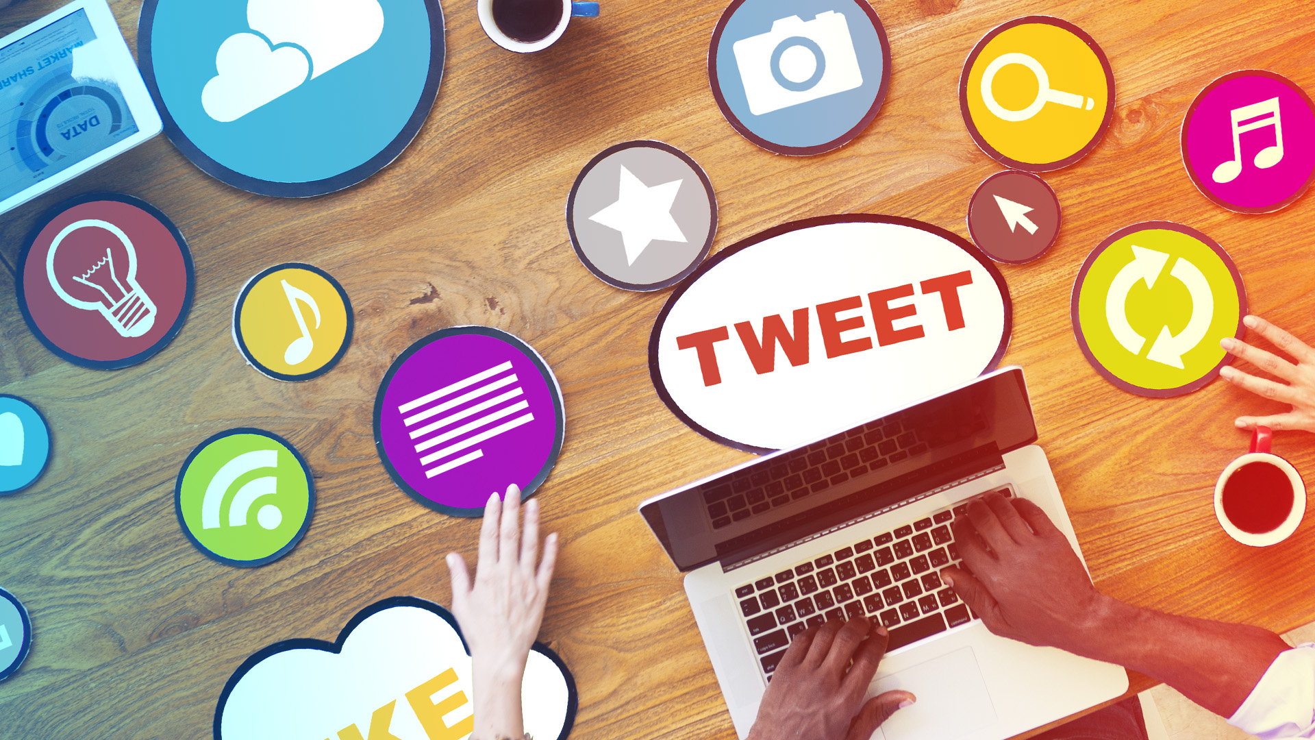 A list of the best free social media management software and tools that are essential for online marketing. From scheduling and monitoring, to image editing and URL tracking, the list covers all important aspects of social media management